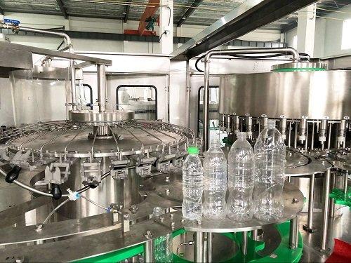 water bottle washing filling capping machine.jpg